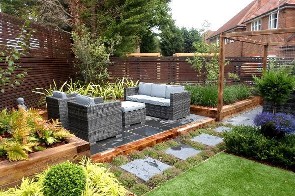 garden lounge area